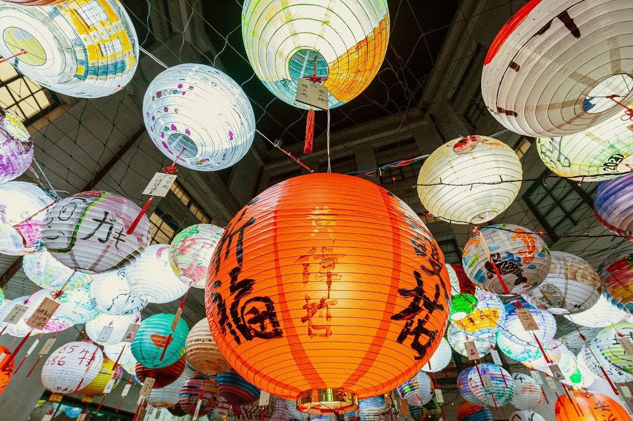 每日「限亮」15分鐘|台南消防博物館彩繪燈籠海|為第一線消防同仁加油打氣