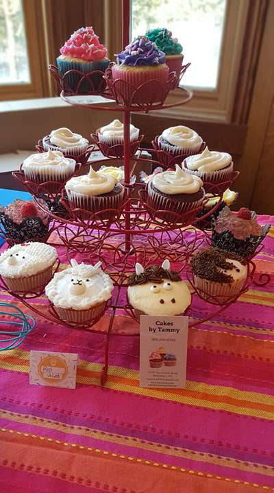National Cupcake Day Wishes Photos