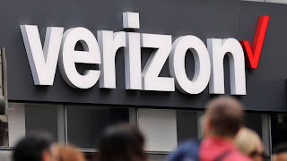 Verizon to sell Yahoo, AOL to private equity firm for $5 billion
