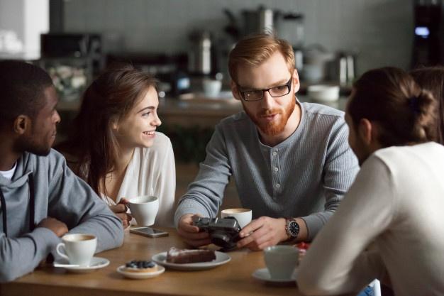 5 Cara Efektif Komunikasi dengan Orang Baru