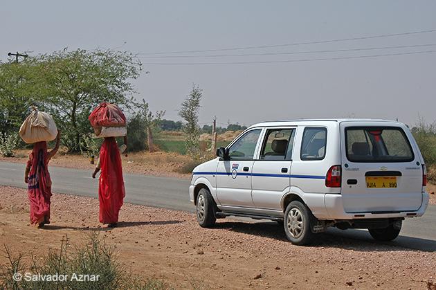 http://www.diariosdeunfotografodeviajes.com/2015/01/en-ruta-hacia-jaisalmer.html