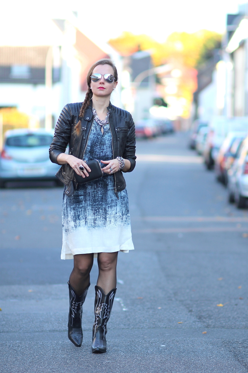 Cute fall outfit | Outfit herbst, Outfit, Kleidung für frauen