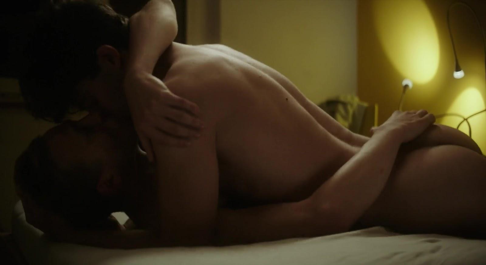 Aaron Porno shirtless men on the blog: aaron altaras & max hubacher