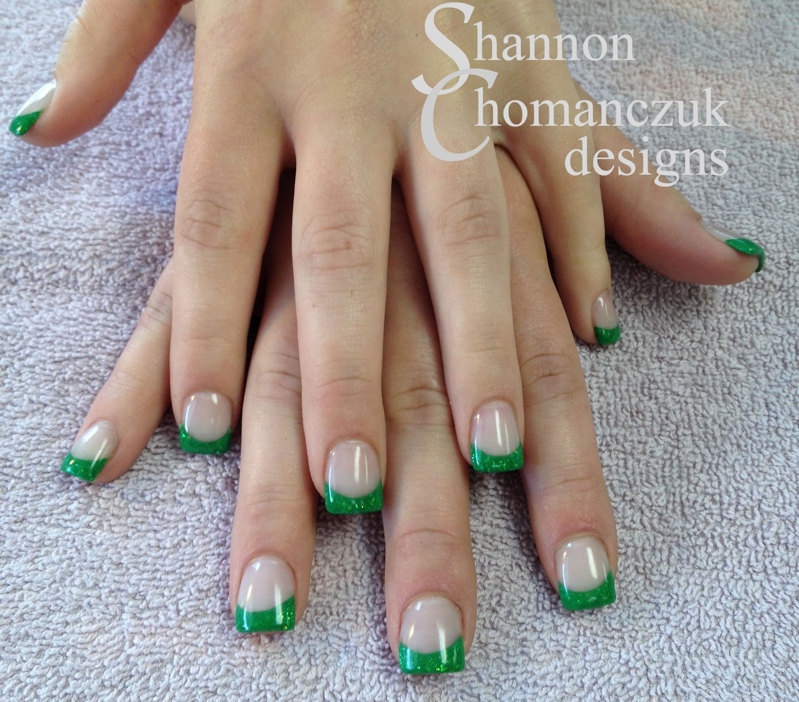 The gallery for --> Green Tip Nails