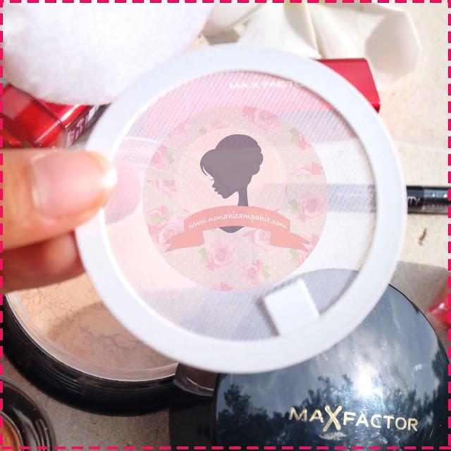 Inside_Max_Factor_Translucent_Loose_Powder