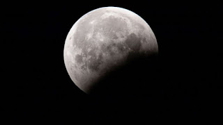 Niat, Doa dan Tata Cara Shalat Gerhana Bulan