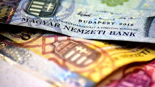 Még tíz napig válthatók át ingyenesen a régi 2000 és 5000 forintos bankjegyek a bank-és postafiókokban