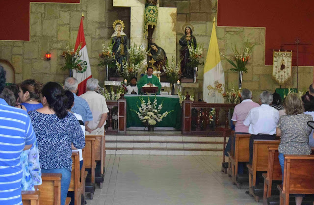 missa de uma igreja