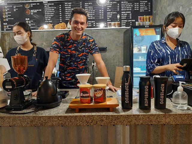 Sinetron Tak Lagi Menantang, Indra Brugman Pilih Buka Cafe
