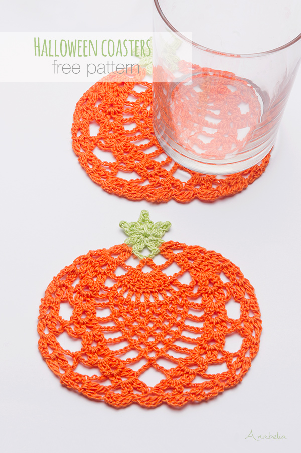 Halloween coasters free pattern by Anabelia Craft Design