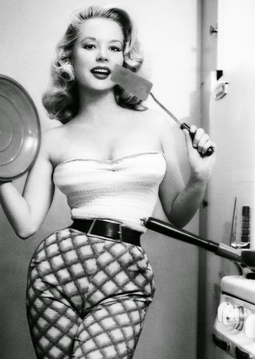 thrift score and more today 39 s vintage snaps betty brosmer