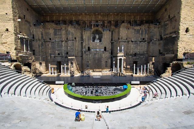 Teatro romano antico-Orange