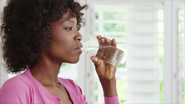 tip to eliminate belly fat drink water