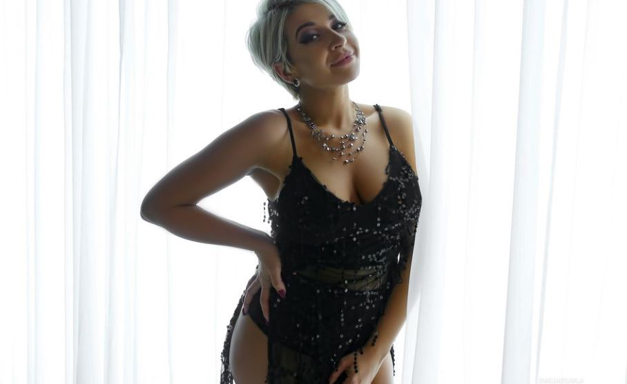 SublimeCarla Model GlamourCams
