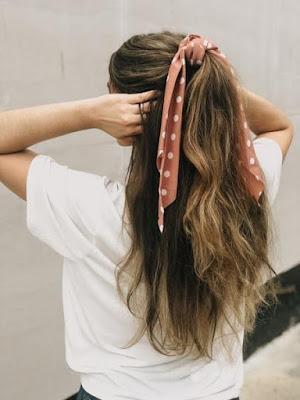 lenço no penteado meio preso meio solto