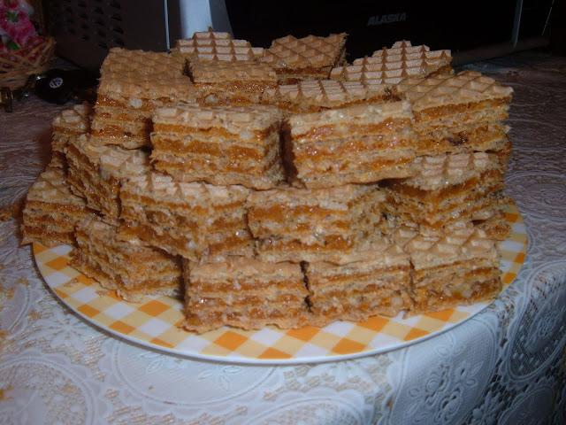 Napolitane cu cremă caramel