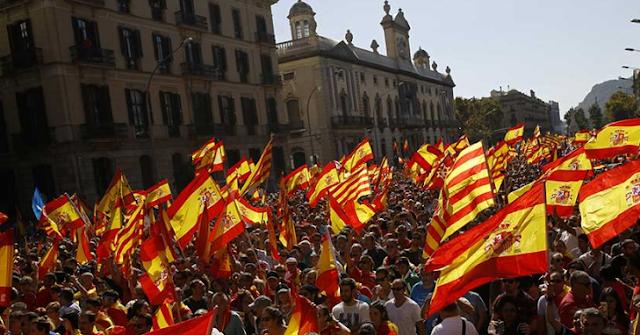De esta manera manifestaron en Barcelona contra la declaración de independencia