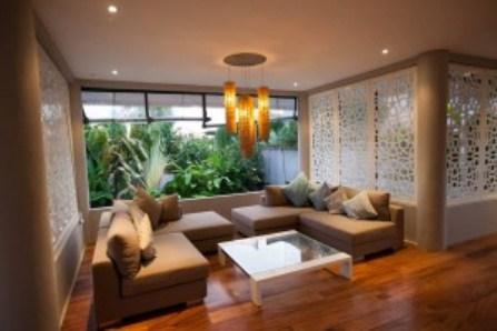 Desain Lantai Ruang Keluarga