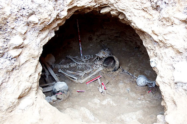 Parthian era graves discovered in Iran