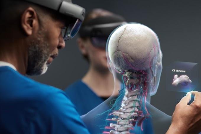 Médicos usam Microsoft HoloLens para reduzir contágio do Covid-19