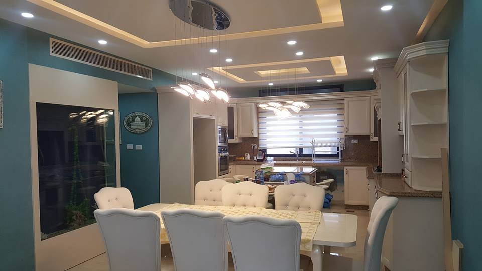 %2BCharming%2BBlue%2BAccent%2BApartment%2BWith%2BCompact%2BLayouts%2B%25288%2529 Charming Interior Blue Accent Apartment With Compact Layouts Interior