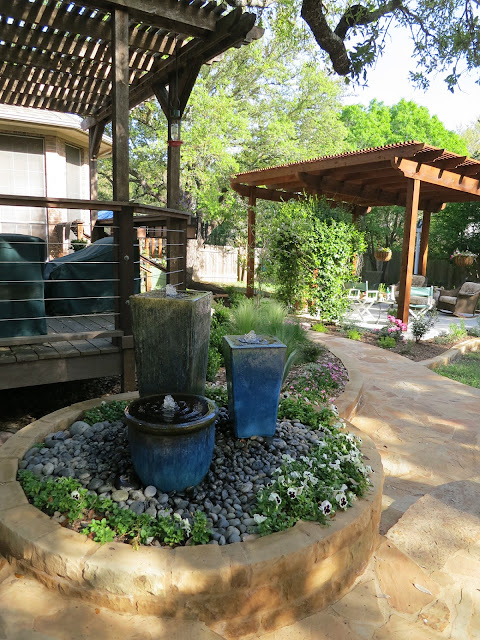 Escape the Sun on backyard landscaping ideas