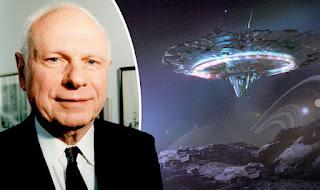 Ex ministro de defensa canadiense sirviente de Isabel II denuncia que los #iluminati controlan el mundo   #Katecon2006