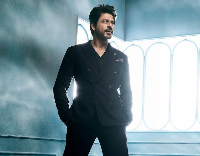 dikenal sebagai aktor India paling terkenal di tanah air Biodata dan Profil Shahrukh Khan