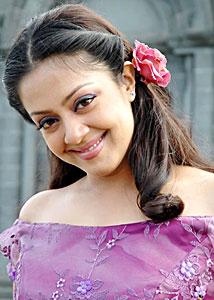 Jyothika Saravanan Tamil actress Marriage, Son, Daughter, Family Pictures, Photos