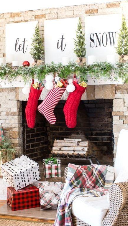 INSPIRING CHRISTMAS MANTLES