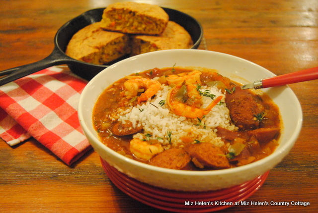 Slow Cooker Sausage and Shrimp Jambalaya At Miz Helen's Country Cottage