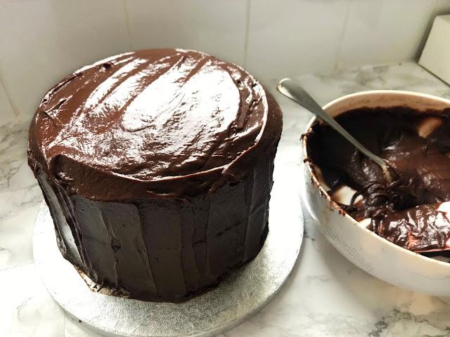 Kinder Bueno and Nutella Chocolate Cake Recipe