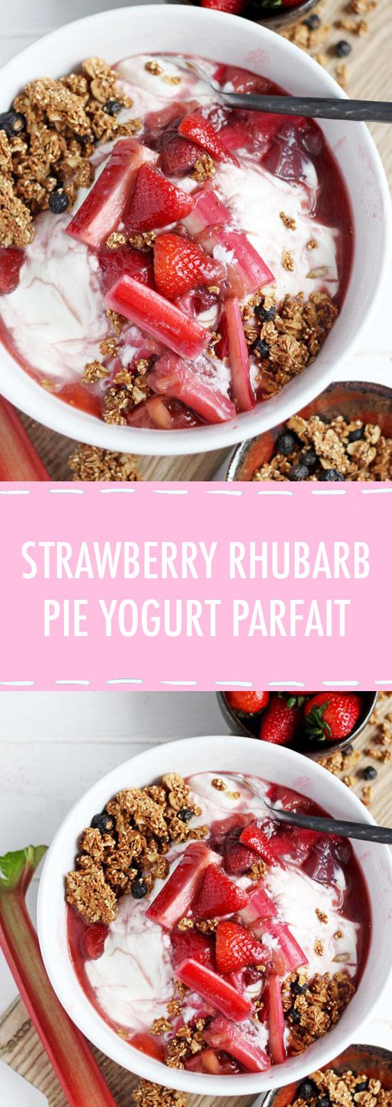 Strawberry Rhubarb Pie Yogurt Parfait