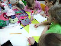 Дети рисуют школьный лагерь Усмішка бібліотека-філія №4 М.Дніпро
