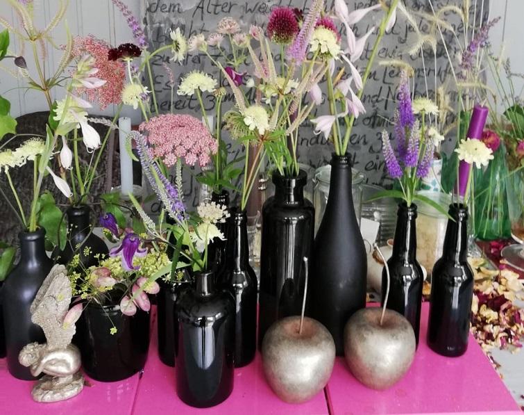 Wiesenblumen Flaschendeko