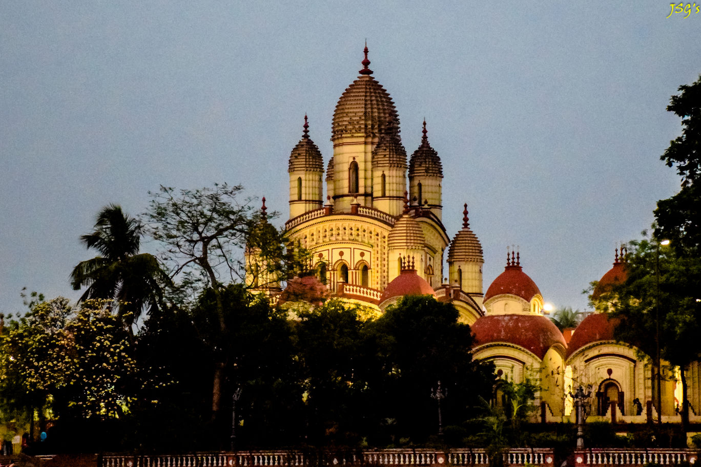 The tomb of Dakshineswar Temple kolkata