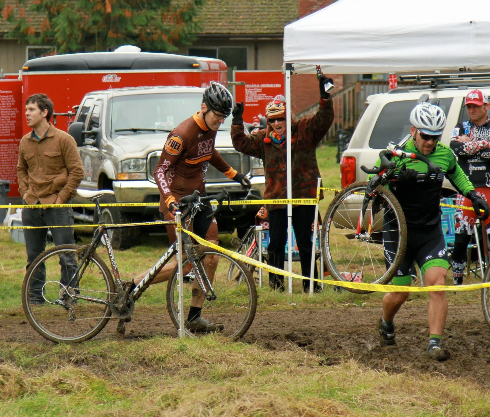 evo davo scx 2 2013 tall chief cyclocross race report and photos. Black Bedroom Furniture Sets. Home Design Ideas