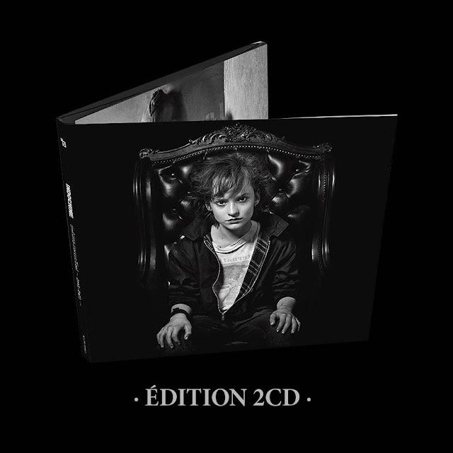 """¿Qué canciones contiene el """"Singles Collection 2001 - 2021""""?"""