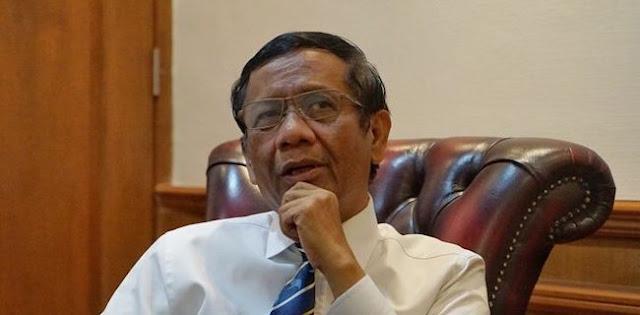 Menko Mahfud: Bulan Depan, 99,9 Persen Akan Terjadi Resesi Ekonomi Di Indonesia