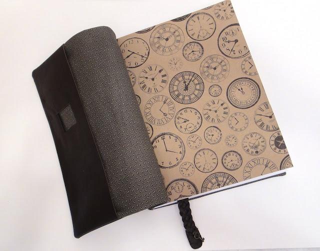 Ежедневник датированный ручной работы: мягкая обложка, переплет - натуральная кожа, закладка и кармашек для ручки