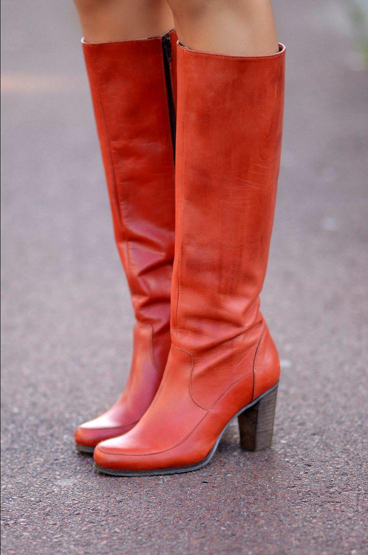 Knee high seventies, retro boots