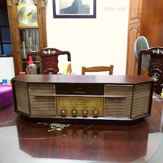 radio bóng đèn cổ