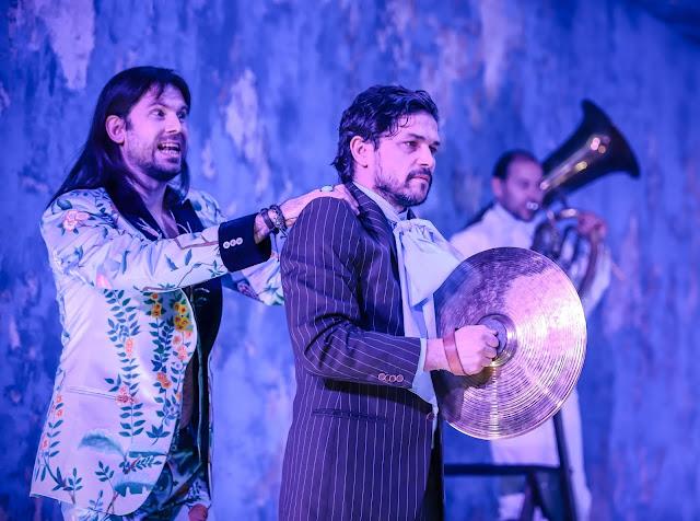 A hattyú. Albert herceg Ági Miklós tanárral (Nagy Zsolt)