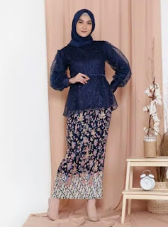 Tile Tunik Pesta