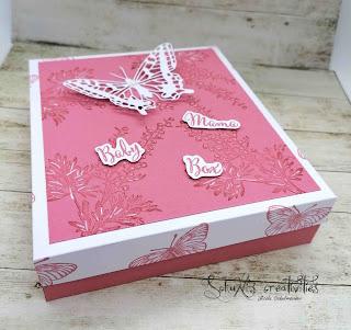 Farben: Rokoko-rosa Grundweiß Stempel: butterfly brilliance, in der Natur, in der Kreativwerkstatt Werkzeug: Papierschneider,  Stanzformen: fabelhafter Falter