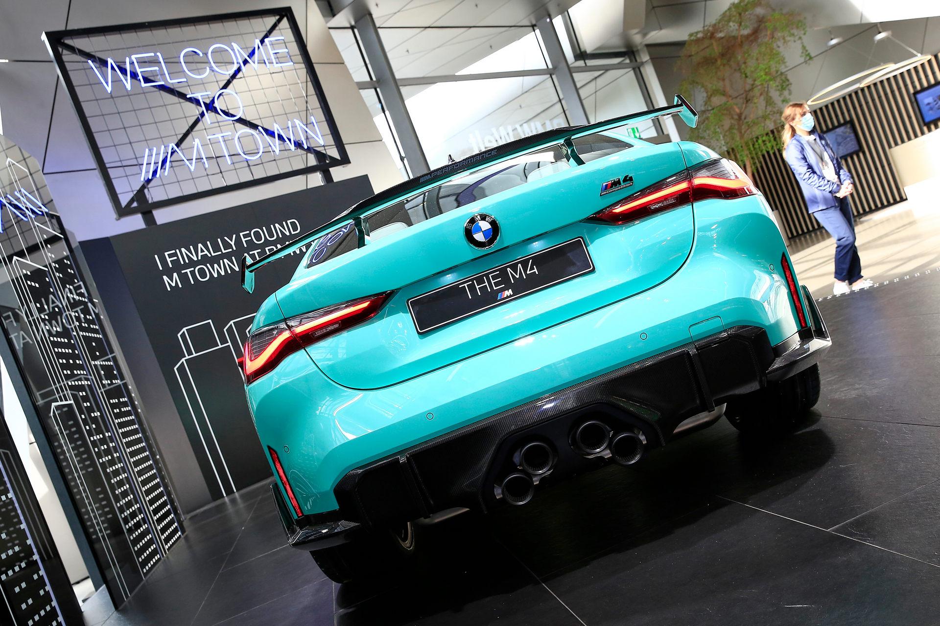 بي إم دبليو BMW M4 Competition التصميم الخلفي