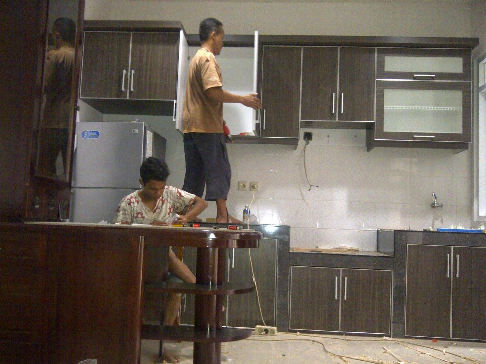 Desain Dapur Minimalis Dan Mini Bar Furniturumah