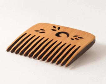 comb,wooden comb,trendz alert