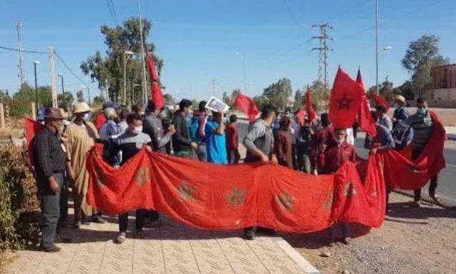 سكان ينتفضون في وجه ممثلي وزارة الداخلية بعد تنامي الاستيلاء على أراضيهم