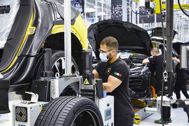 ランボルギーニが生産を再開。従業員の安全を最優先に準備を開始。